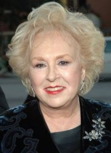 Doris Roberts, R.I.P (Photo Credit: Kevin Mazur/WireImage.com)